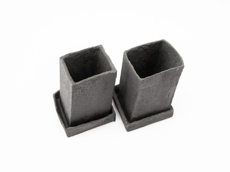 vaso contenitore ceramica nero